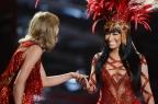 2015 VMA Performances: Nicki Minaj & Taylor Swift Squash Their 'Bad Blood' & More