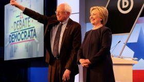 US-ELECTION-POLITICS-DEMOCRAT-DEBATE