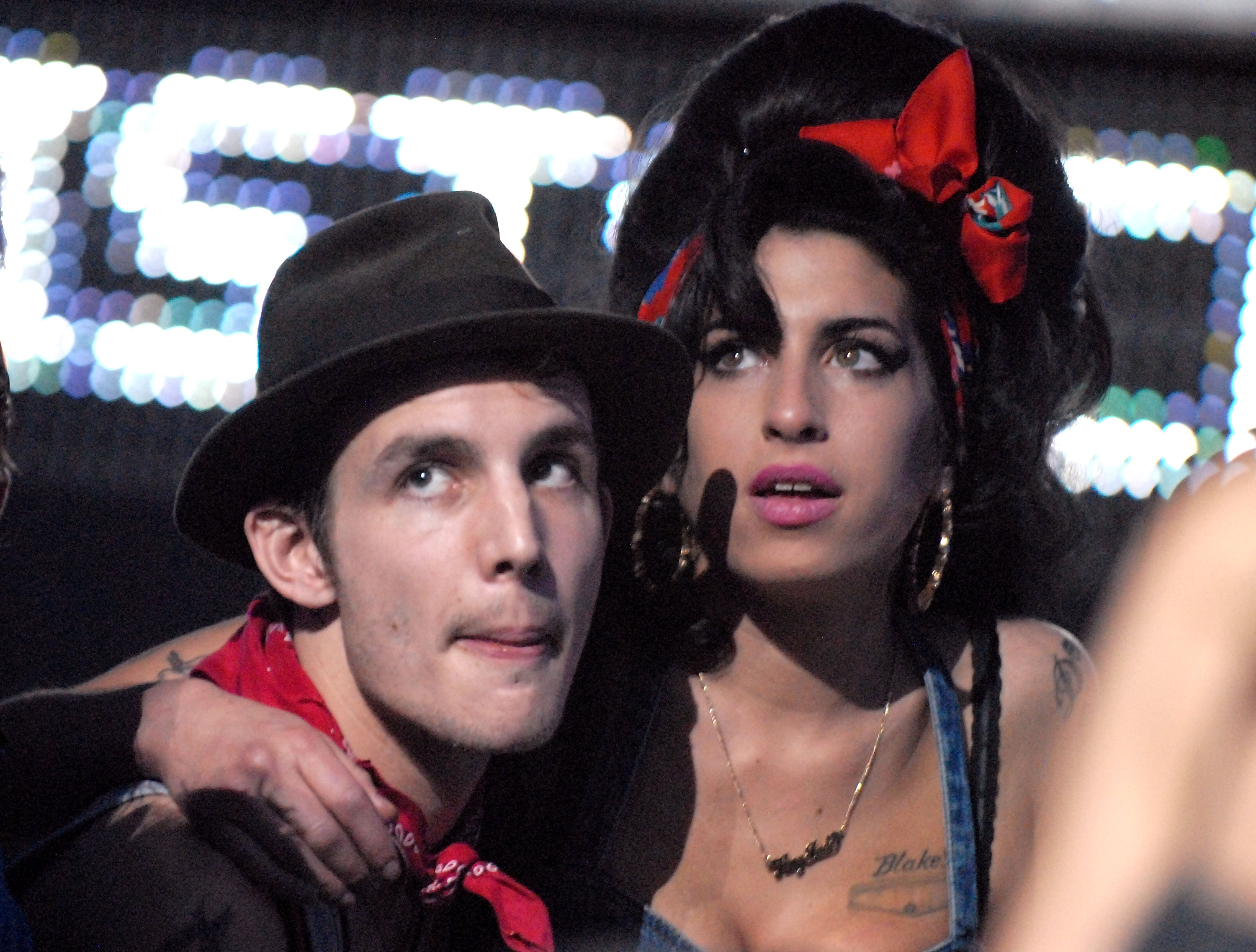 Amy and Blake Fielder-Civil at the 2007 MTV Europe Music Awards
