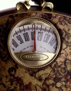 Weight measurement on scale