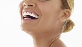 evelyn lozada smiling and laughing