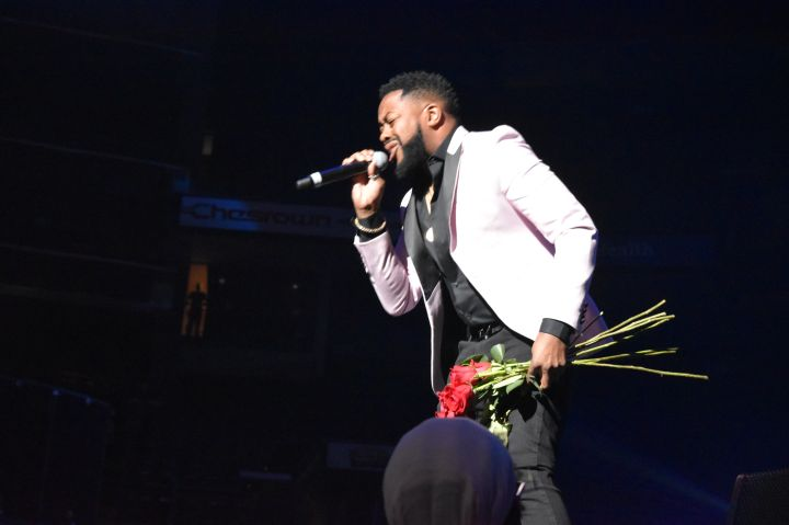 Raheem Devaughn at the One More Time Experience Columbus