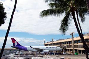 Airliners, Honolulu International Airport, Hawaii
